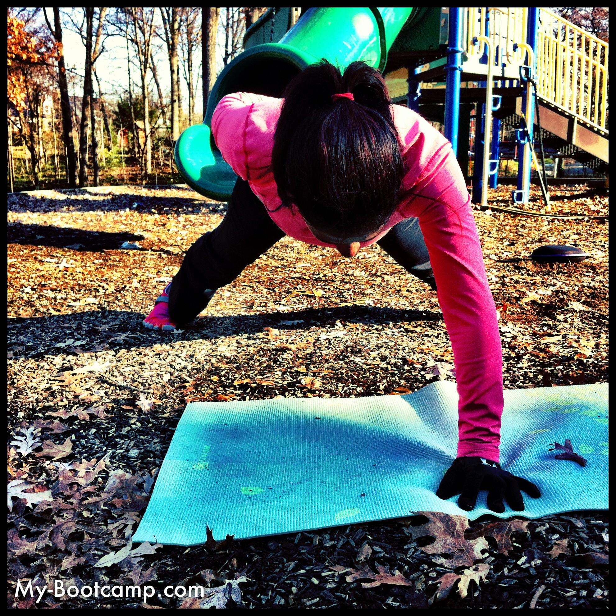 one-handed plank