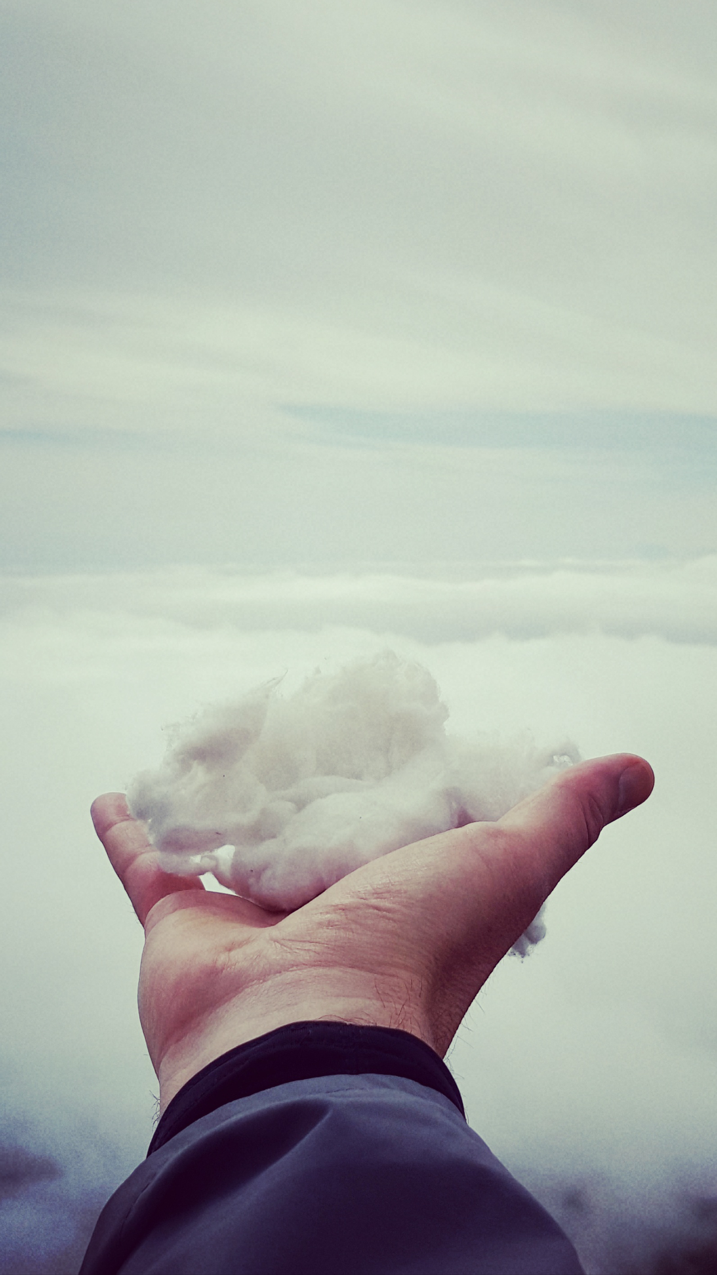 holding clouds in my hand
